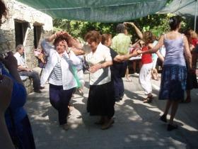 Panagiri: tanzende Frauen