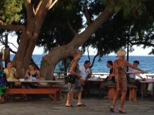 Macaronada am Strand von Faros
